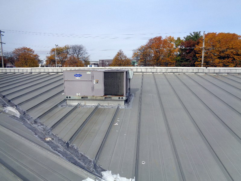 Hydrostatic Metal Roof