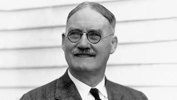 Dr. James Naismith, Penemu dan Pencipta Permainan Bola Basket