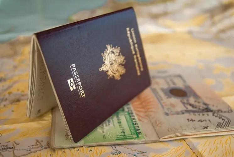 Contoh Teks Prosedur Kompleks tentang Cara Mengurus Visa