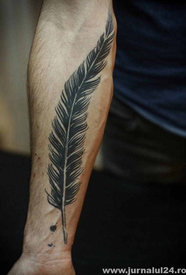 tatuaj pe mana 2