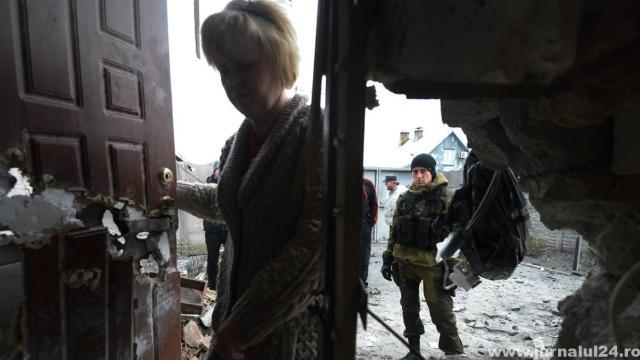 soldat pro rus si femeie