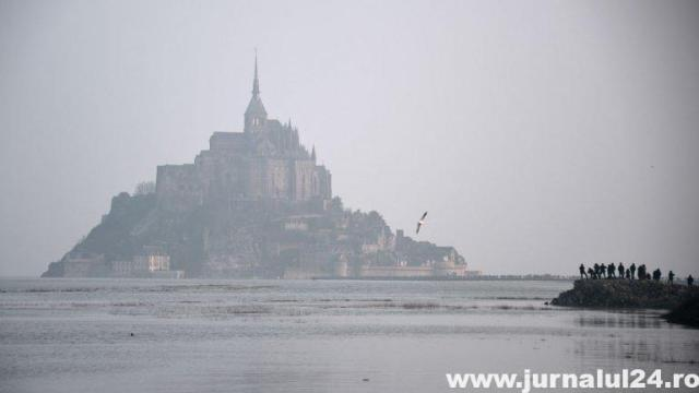 Mont Saint-Michel maree