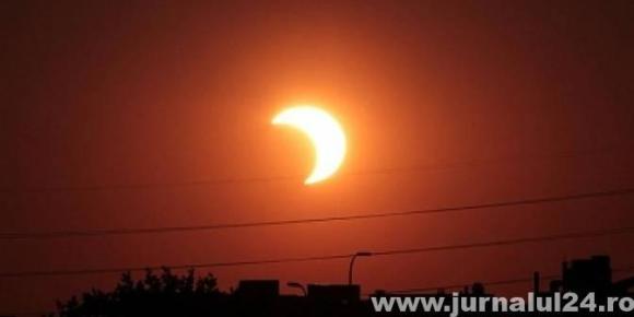 eclipsa-soare-672x336