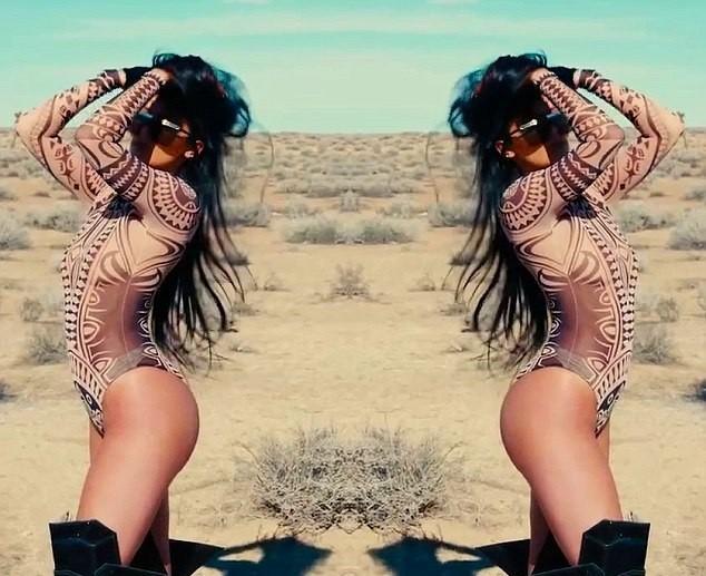 Kylie Jenner poze sexi