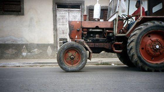 tractor neimatriculat