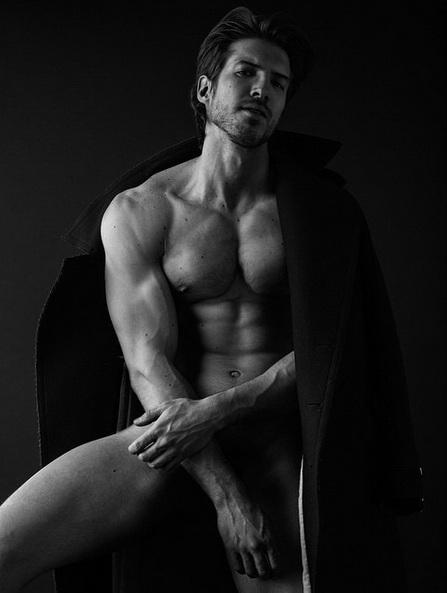 Ryan Marek modelul masculin sexy după care toate femeile suspină [Poze pentru doamne]