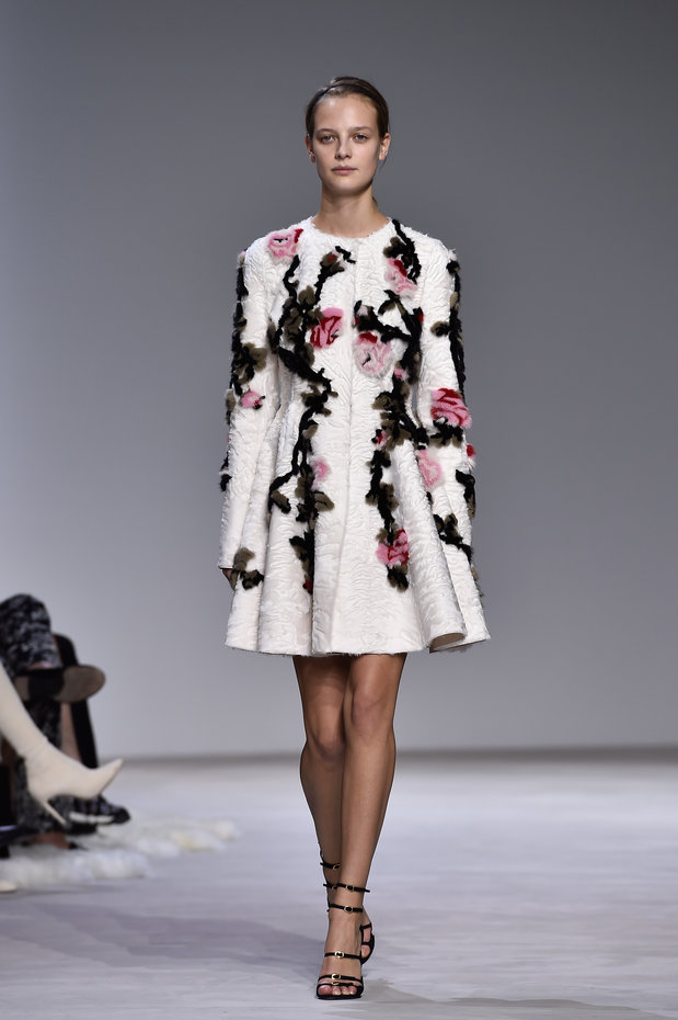 Giambattista Valli : Runway - Paris Fashion Week - Haute Couture Spring Summer 2016