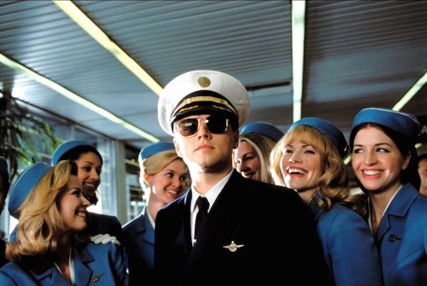 Profilul stewardesei perfecte...