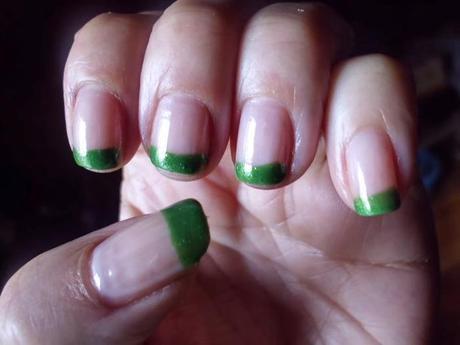 manichiura cu verde