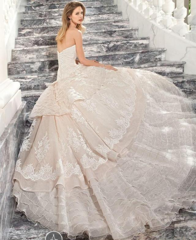 rochie frumoasa de nunta