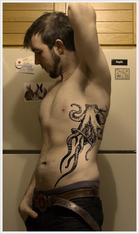 tatuaj-frumos-barbati-2016