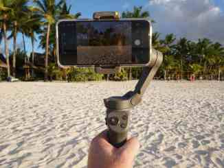 DJI Osmo Mobile 3 reviewed: Is the gimbal currently the best smartphone stabilizer on the market? We thoroughly tested it on holiday on the island of Mauritius. Photo: Sascha Tegtmeyer