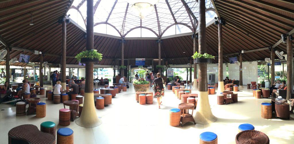 Reisebericht Koh Phangan Tipps Vom kleinen Boutique-Flughafen auf Koh Samui geht's nach Bangkok und Phuket. Foto: Sascha Tegtmeyer