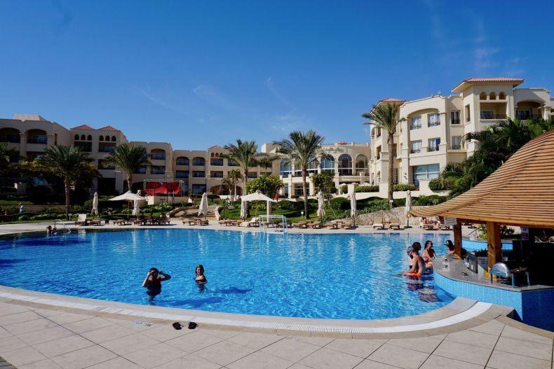 Top Urlaubs-Tipp für Sharm El Sheikh: erstmal ist relaxen am Pool angesagt. Foto: Sascha Tegtmeyer