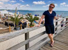 Entspannter Sommerurlaub in Scharbeutz: am Strand liegen, flanieren, essen und einfach mal die Seele baumeln lassen. Foto: Luisa Praetorius