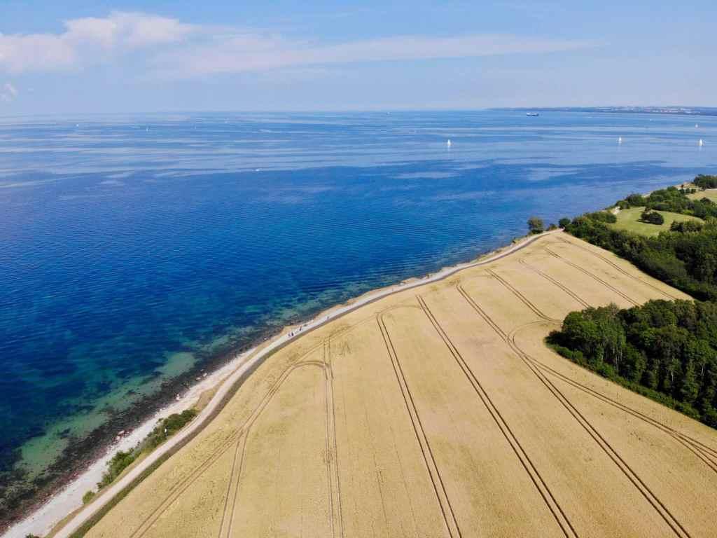 Rund um Timmendorfer Strand gibt es einige Orte, an denen Ihr mit Eurer Drohne fliegen könnt. Foto: Sascha Tegtmeyer