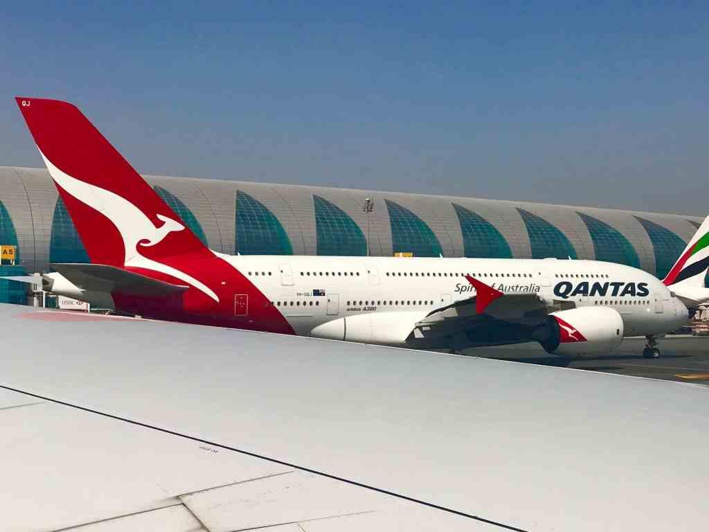 Ein Jumbo der australischen Fluggesellschaft Quantas bei der Zwischenlandung in Dubai. Foto: Sascha Tegtmeyer