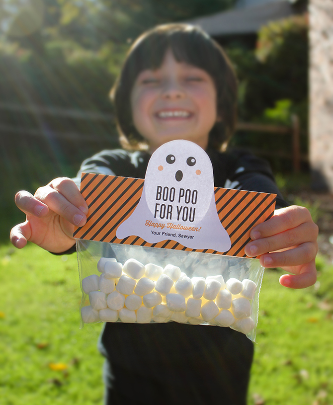 Boo Poo For You treat bag topper with Free Printable, Boo Poo for You, Halloween treat bag toppers, free printable, ghost treat bag toppers, mini marshmallows, free, printable, graphic design, halloween treat, classroom treat, halloween classroom treat, treat idea, creative foods, easy treat for kids, halloween favor, just add confetti, just add confetti free printable