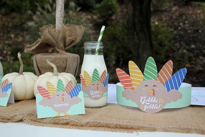 Thanksgiving Kids Table Free Printables, turkey free printables, gratitude tree