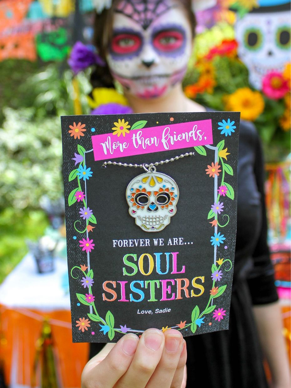Day of the Dead Tween Halloween Party, Day of the Dead, Day of the Dead party, Dia de los Muertos, skeletons, painted skeletons, Day of the Dead face paint, make-up tutorial, free printables, party printables, graphic design, Day of the Dead skeletons, Get in the Spirit, Soul Sisters, Just Add Confetti, Pittsburgh blogger, Oriental Trading, Fun365