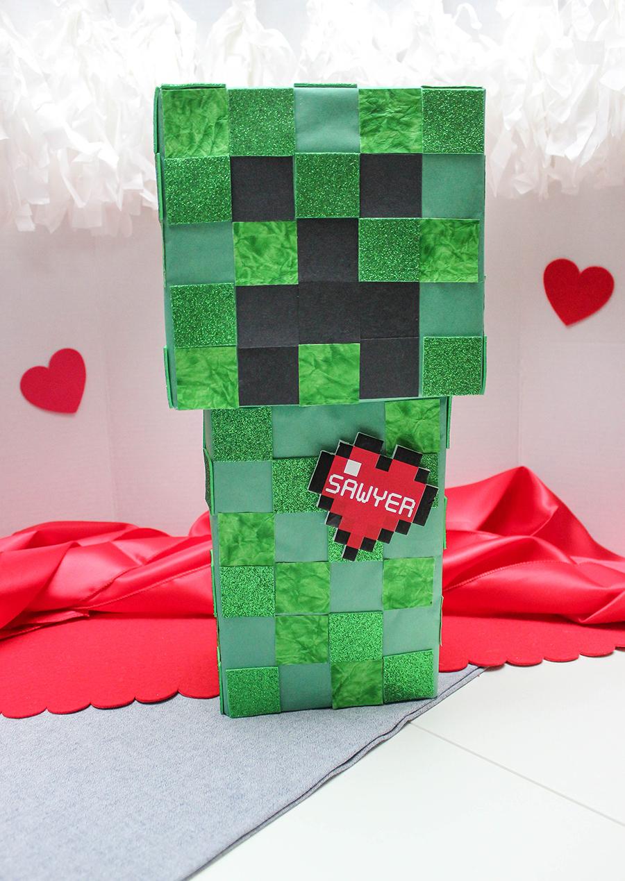 Minecraft Valentine Box, Minecraft Valentine Box Idea, Creeper, Minecraft, DIY Valentine Box, Valentine craft, Just Add Confetti, Creeper Valentine, Valentine's Day, Creeper box, Minecraft box, Creeper Valentine box, Minecraft Valentine, free printable, heart printable, digital heart, name tag, heart name tag, Minecraft heart