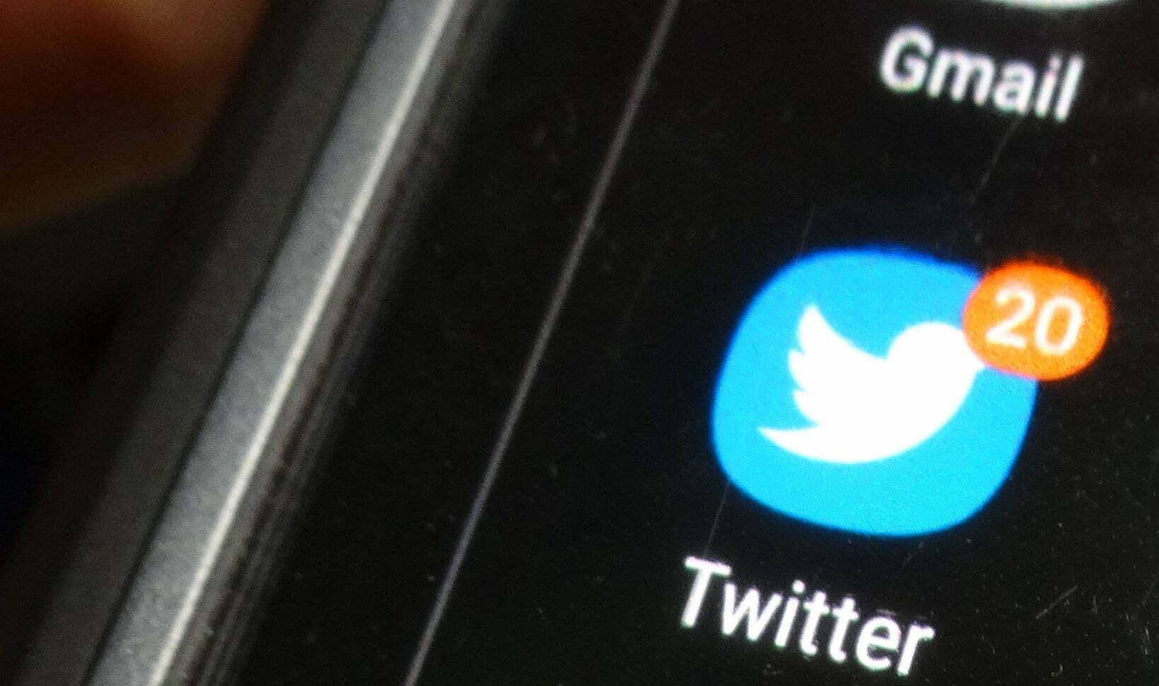 Twitter testing longer tweets