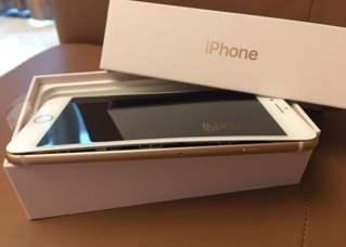 Apple iPhone 8 Splitting