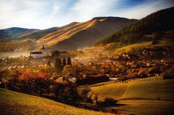 visit romania 7 reasons