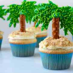 Palm Tree Kitchen Decor White Cabinets Lowes Coconut Cupcakes With Cream Cheese Frosting | Just A Taste