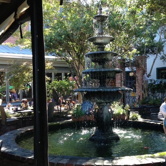 Brunch Fountain