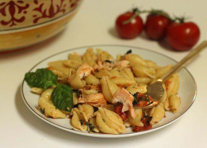 Summer Pasta Salad w/ Roasted Salmon & Tomatoes
