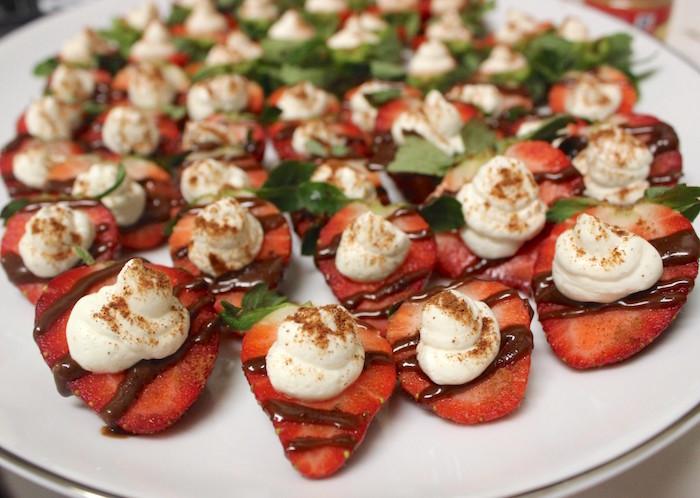 Valentine's Day Appetizer Dessert Chocolate Strawberries