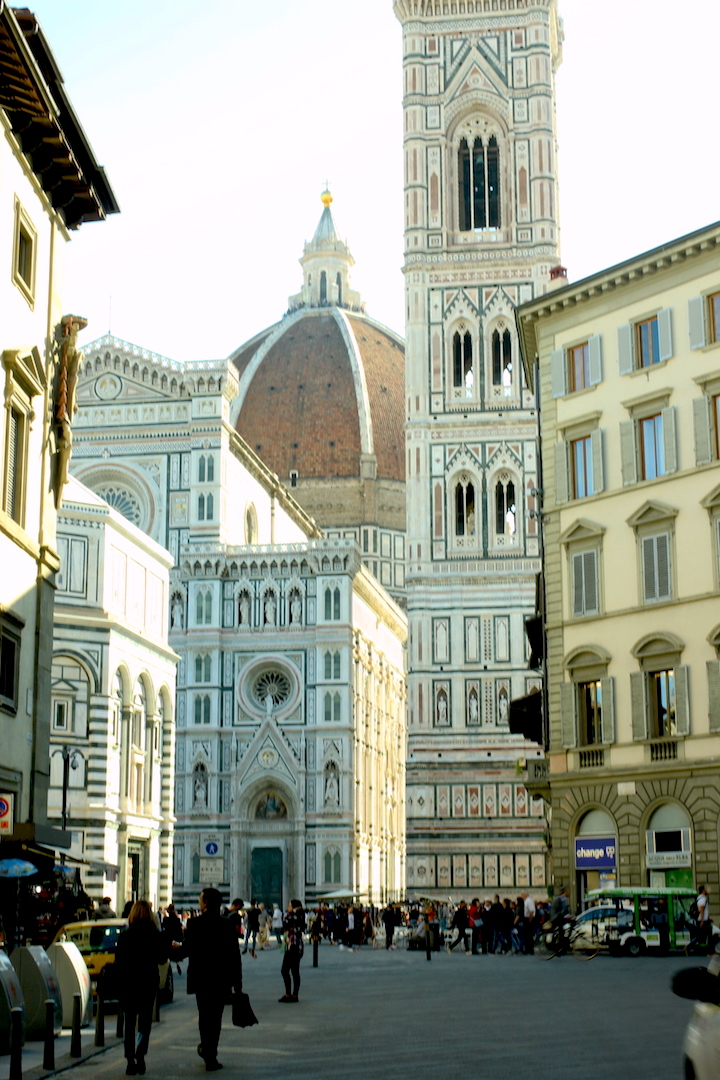 Travel Guide Two Blondes Florence Italy Jenna Wessinger Just a Touch Too Much Meggie Hulsey Disco Teepee Duomo