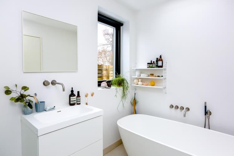 clean white bathroom