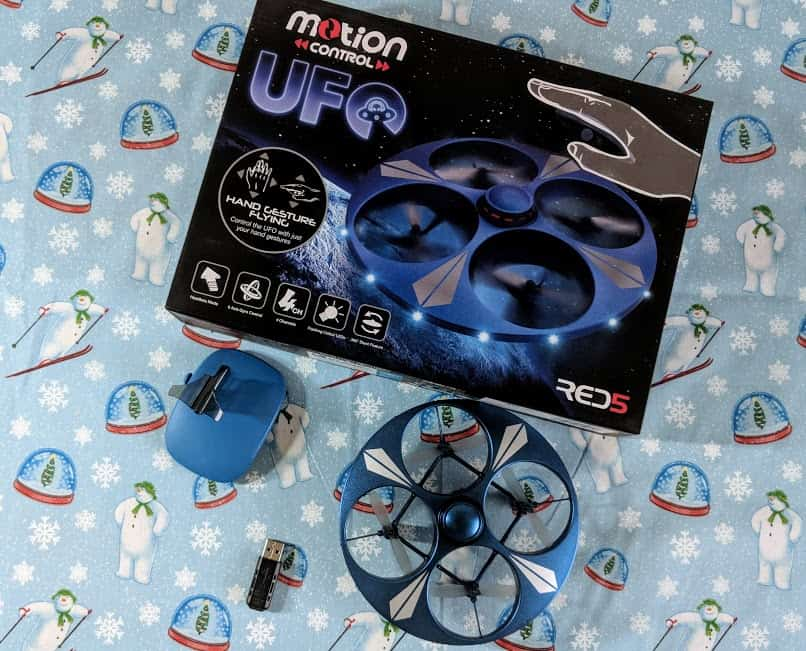 hand controlled ufo toy