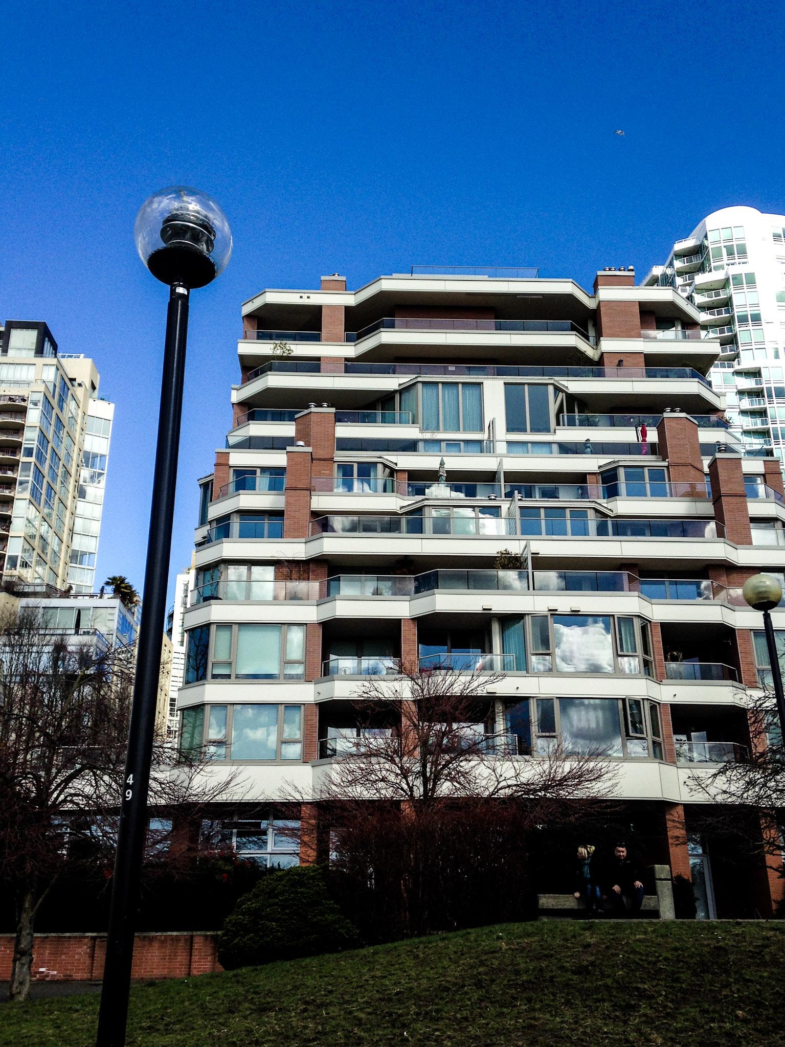 Apartment Along The Seawall