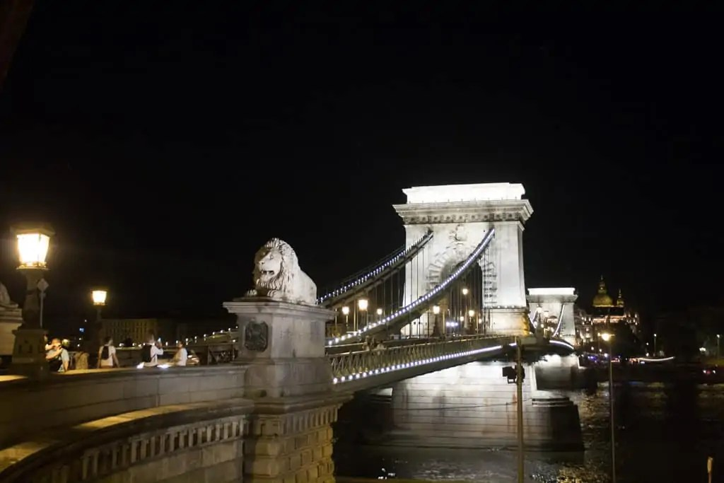 Chain Bridge at night