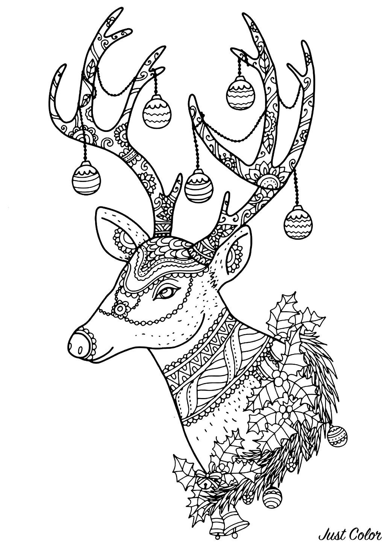 Christmas Reindeer Nontachai Hengtragool