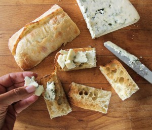 balsamic glazed dried figs and blue cheese crostini