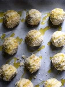 Crispy no-meat ricotta balls