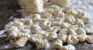 ricotta gnocchi with zucchini flowers