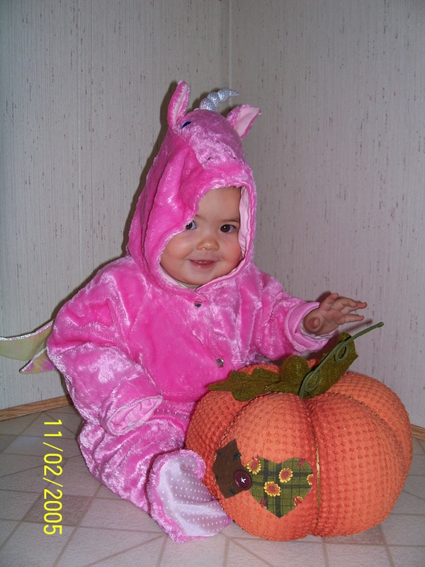 Click here to see some fun, easy, cheap halloween costume ideas!