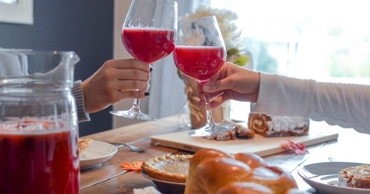How to Throw a Fun Christmas Party on a Homesteader Budget
