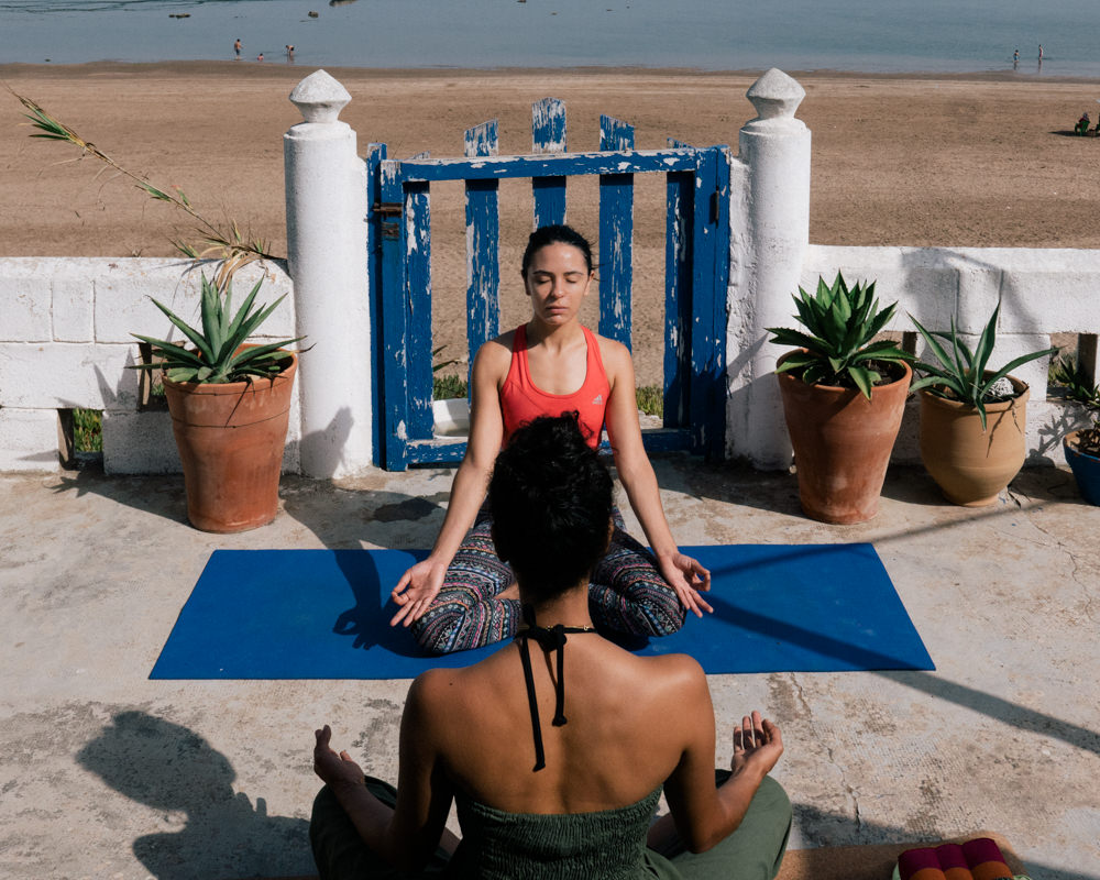 yoga hind skhirat beach morocco blogger justdalal 4 - Seashore and Yoga weekend in Morocco and my again ache story
