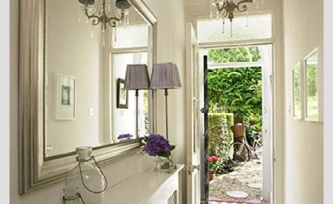 Squeeze Some Style With These Small Hallway Interior
