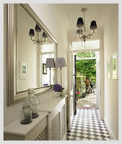 Squeeze Some Style With These Small Hallway Interior ...