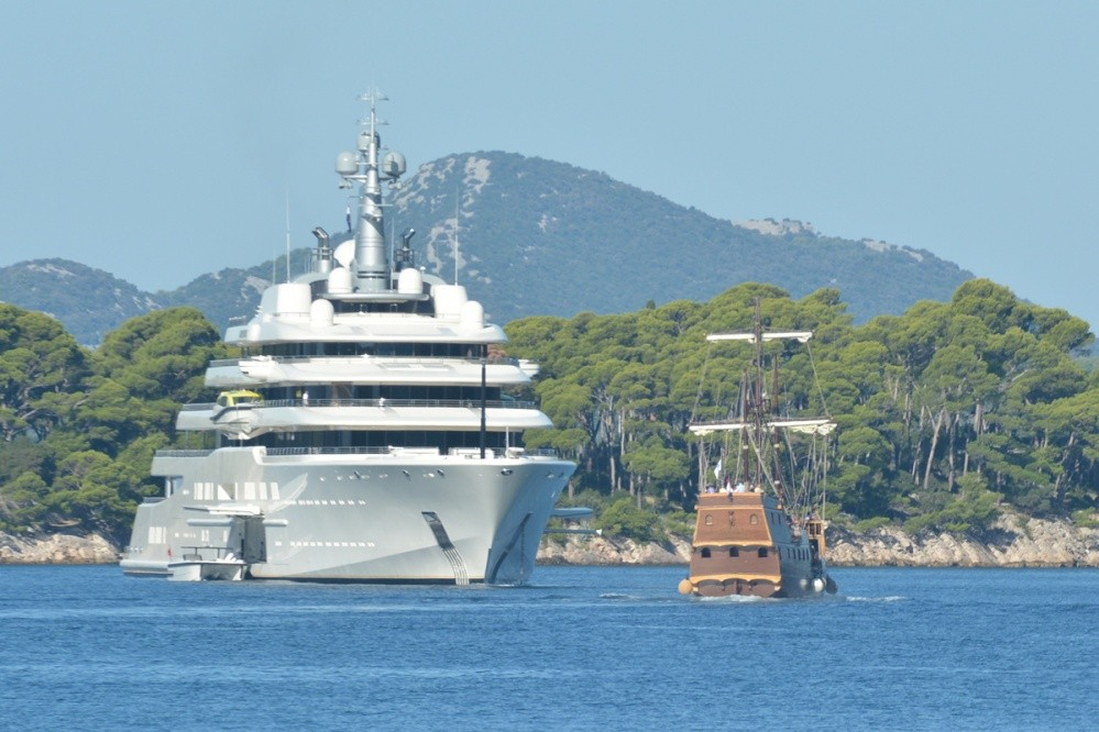 Abramovichs Mega Yacht Eclipse In Dubrovnik Just