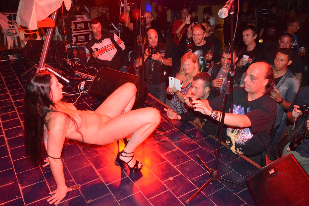 Photo gallery Exotic dancers at the Libertas Riders