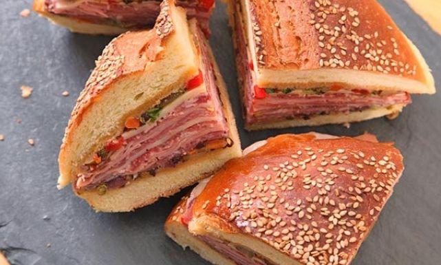 طريقة عمل ساندويتش اللحمة الباردة بالخبز الإيطالي Just Food