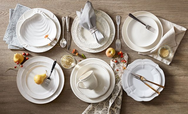 Tablecloth and Placemat Tips for Showcasing Your White China